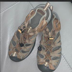 Keen Whisper Sandals size 8